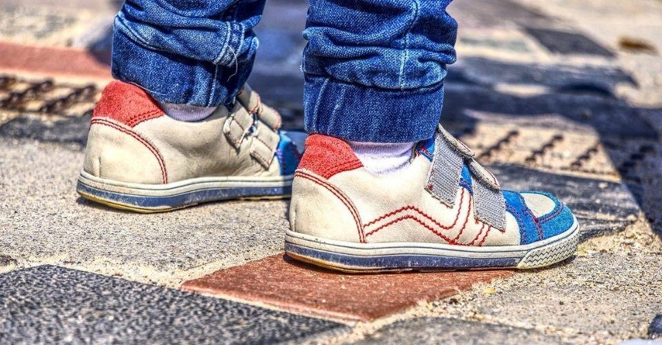 Intoeing gait ; afwijkende looppatroon bij kinderen